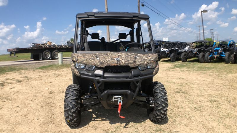 2019 Can-Am DEFEND MAX XT HD8
