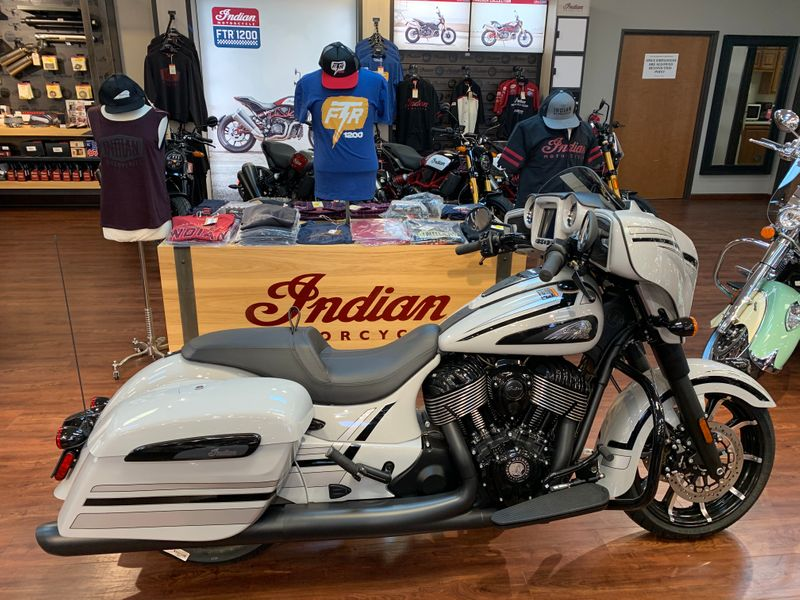2020 Indian Motorcycle CHIEFTAIN DARKHORSE