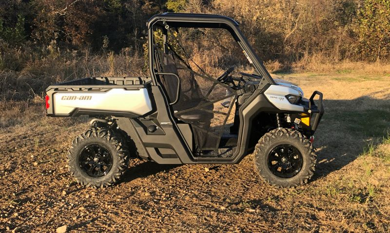 2020 Can-Am DEF XT HD8