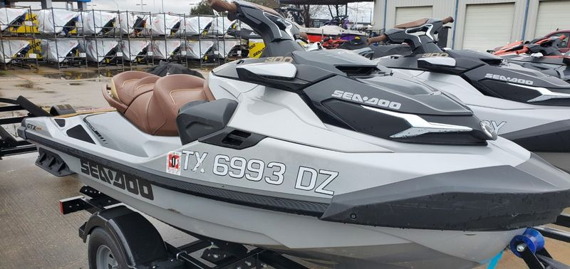 2018 Sea Doo GTX LTD 300