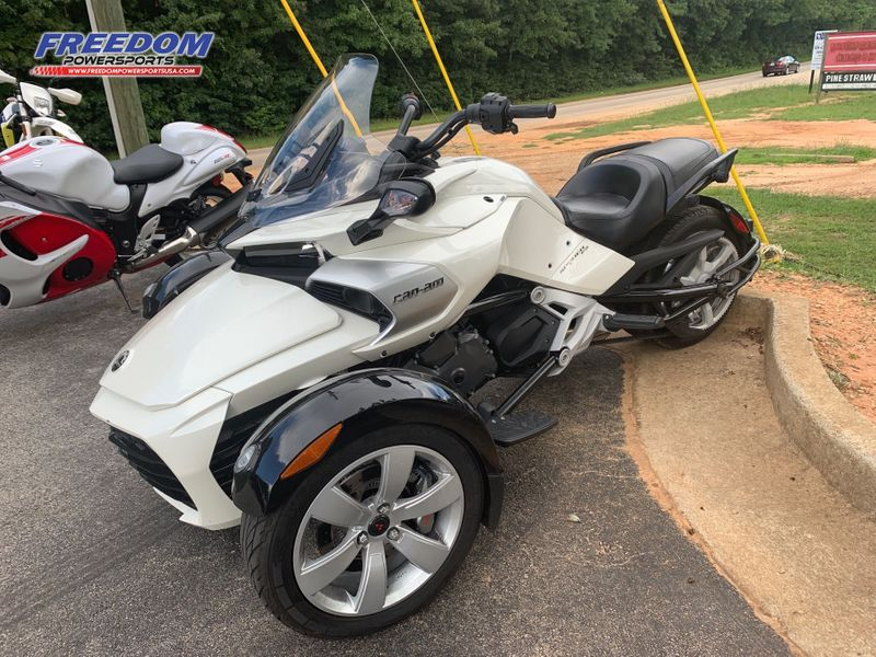 2015 Can-Am SPYDER ROADSTER F3