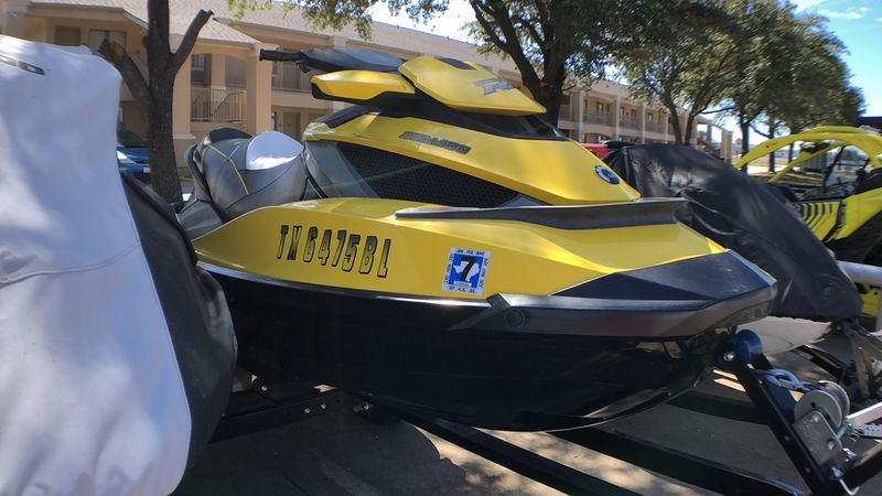 2011 Sea Doo RXT-IS 260