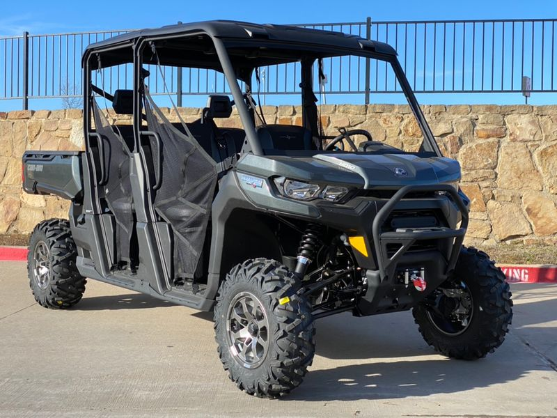 2020 Can-Am DEF MAX LS HD10