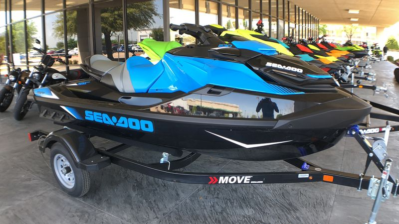 2019 Sea Doo RXT 230
