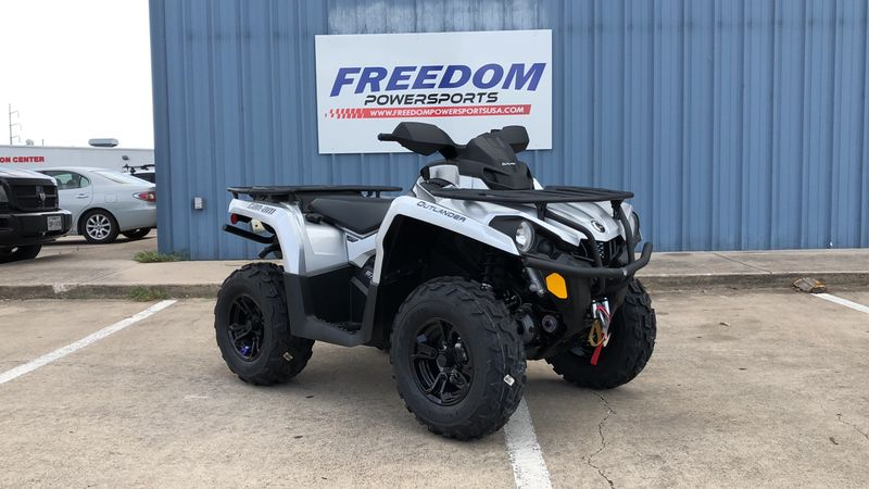 2020 Can-Am OUT XT 570