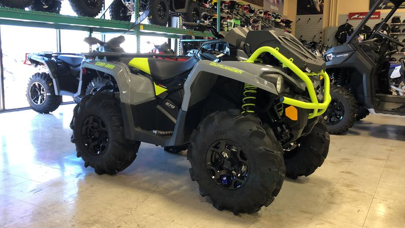 2020 Can-Am OUT XMR 570