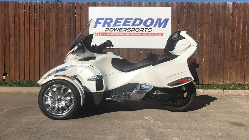 2018 Can-Am SPYDER RT LTD SE6