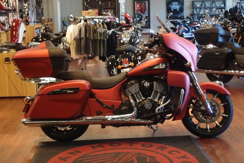 2020 Indian Motorcycle ROADMASTER DARK HORS
