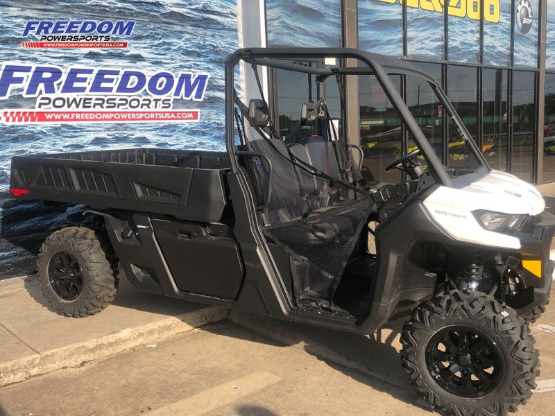 2020 Can-Am DEF PRO DPS HD10