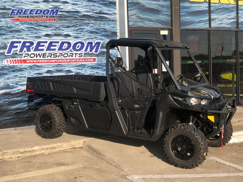 2020 Can-Am DEF PRO XT HD10