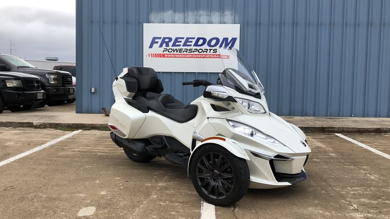 2014 Can-Am RT-S SE6